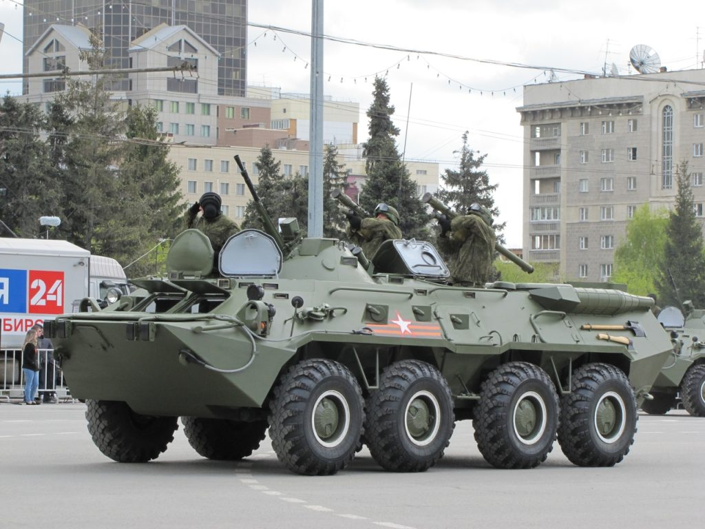 9 мая 2016 парад на пл. Ленина. Военная техника, вертолёты, самолёты видео