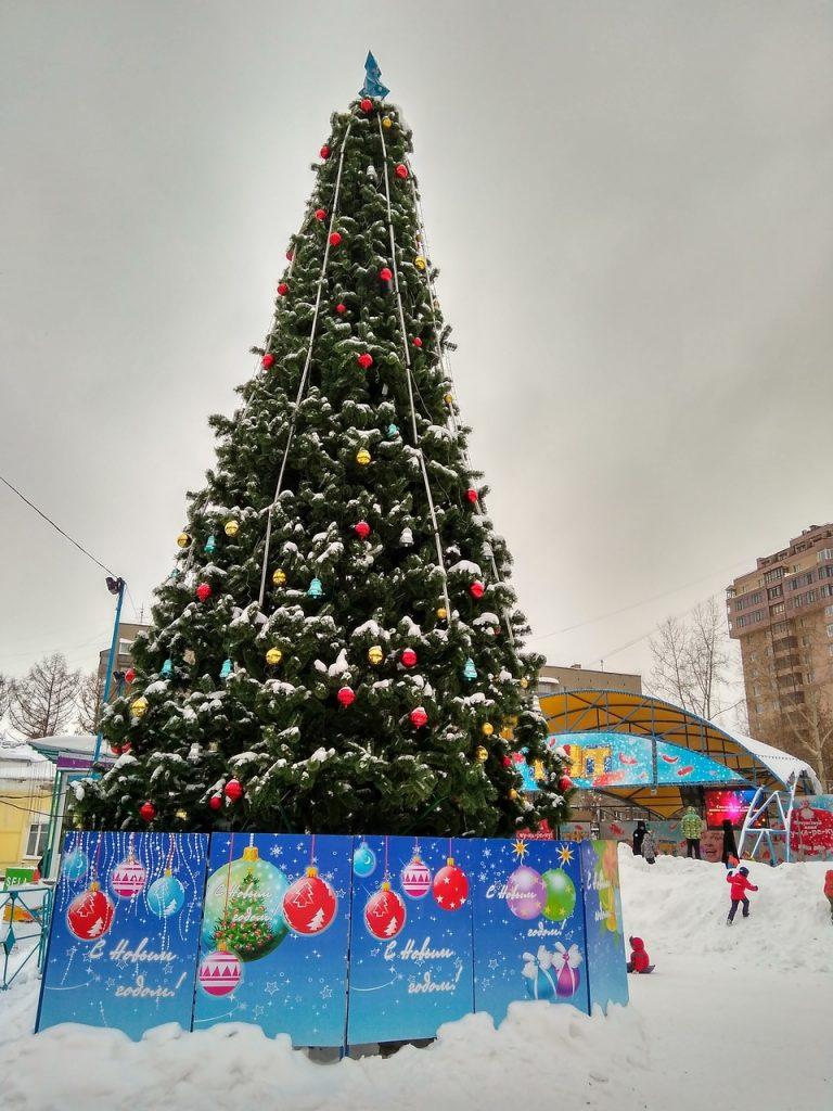 Новый год в Новосибирске 2017 (парад ёлок)